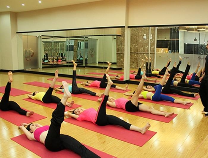 phong tap yoga huong thao 2 1 2