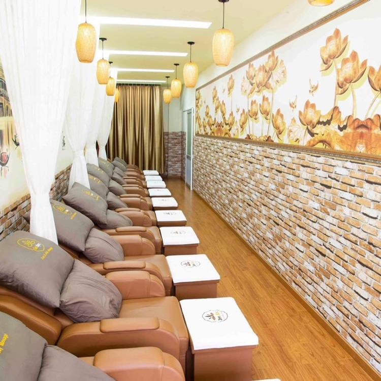 Zen Spa Foot and Body Massage 3