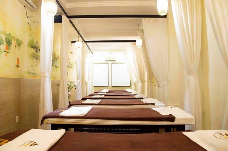 Zen Spa Foot and Body Massage 4