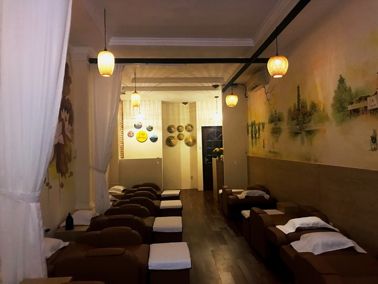Zen Spa Foot and Body Massage 6