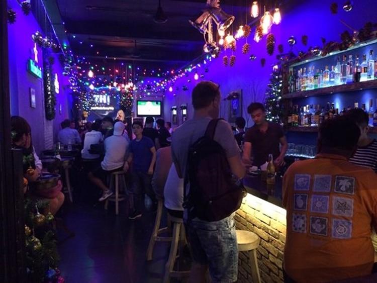 thi bar saigon 8